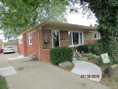 Fraser Single Family Home For Sale: 31329 Summer Ln W