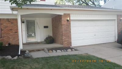 Southfield Single Family Home For Sale: 28255 Fontana Dr