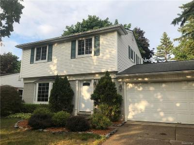 Plymouth Single Family Home For Sale: 11248 Russell Ave