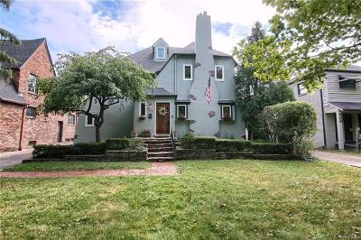 Grosse Pointe Single Family Home For Sale: 774 Washington Rd