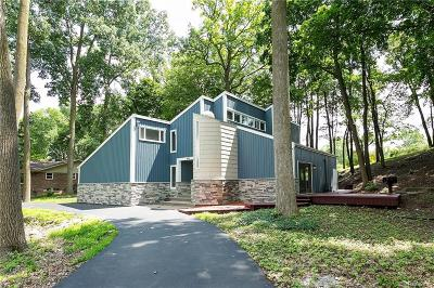 Rochester Hills Single Family Home For Sale: 448 W Maryknoll Rd