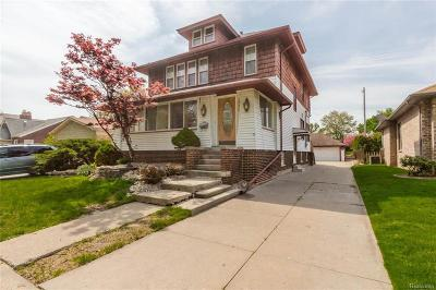 Saint Clair Shores Single Family Home For Sale: 22466 Alexander