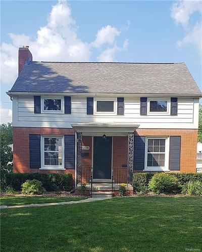 Grosse Pointe Woods Single Family Home For Sale: 2228 Stanhope St