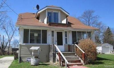 Pontiac Single Family Home For Sale: 28 S Anderson Ave
