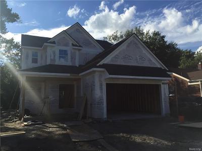 Oak Park Single Family Home For Sale: 23085 Meadowlark St