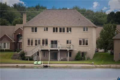 Shelby Twp Single Family Home For Sale: 49512 Golden Lake Dr