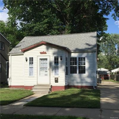 Madison Heights Single Family Home For Sale: 27618 Dartmouth St