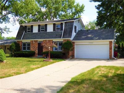 Southfield Single Family Home For Sale: 23600 Brandywynne St
