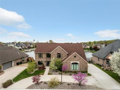 Shelby Twp Single Family Home For Sale: 14363 Knightsbridge Dr