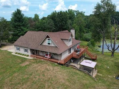 Lapeer Single Family Home For Sale: 840 Old Sorrel Dr
