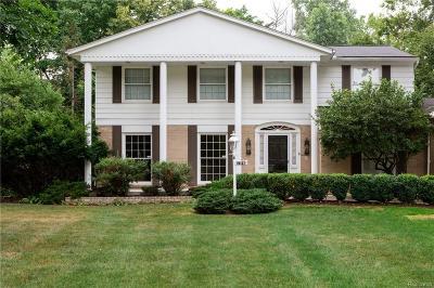 Farmington Hills Single Family Home For Sale: 25157 Appleton Dr