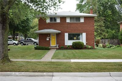Southfield Single Family Home For Sale: 28041 Fontana Dr