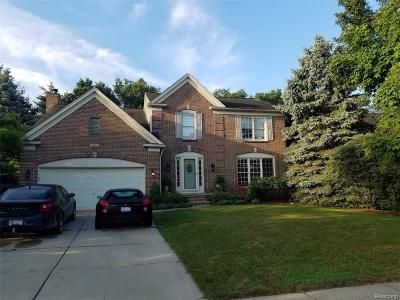 Lake Orion Single Family Home For Sale: 3863 Long Meadow Ln