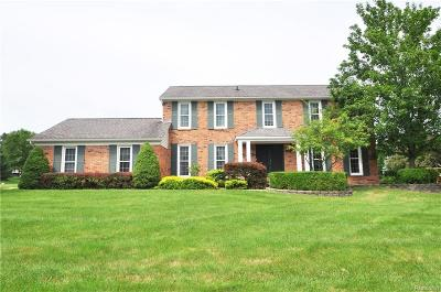 Rochester Hills Single Family Home For Sale: 1403 Chevy Circuit