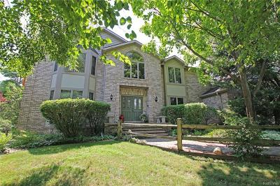 Lapeer Single Family Home For Sale: 4136 Rolling Oaks Dr