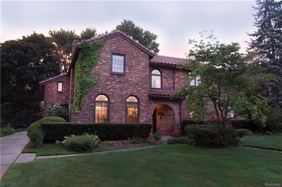 Grosse Pointe Park Single Family Home For Sale: 820 Berkshire Rd