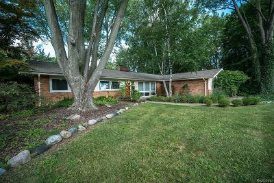 Troy Single Family Home For Sale: 3405 Upton Dr