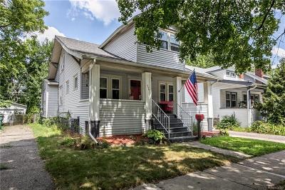 Ferndale Single Family Home For Sale: 356 Albany St