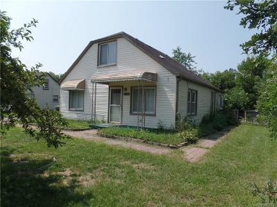 Canton Single Family Home For Sale: 1977 Elmhurst St