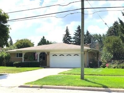 Sterling Heights Single Family Home For Sale: 11142 Sixteen 1/2 Mile Rd