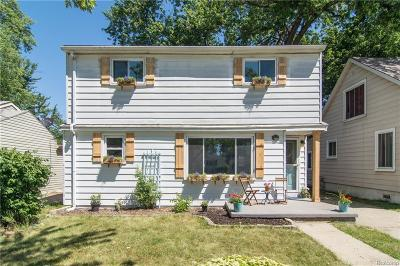 Madison Heights Single Family Home For Sale: 86 W Rowland Ave