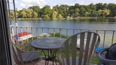 Clarkston Condo/Townhouse For Sale: 6681 Andersonville Rd