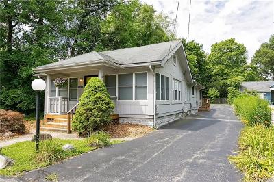 West Bloomfield Single Family Home For Sale: 2420 Burleigh St