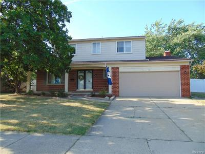 Royal Oak Single Family Home For Sale: 1450 Normandy Rd