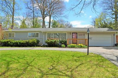 Waterford Single Family Home For Sale: 4097 Woodmont Dr