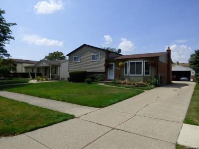 Sterling Heights MI Single Family Home For Sale: $259,900