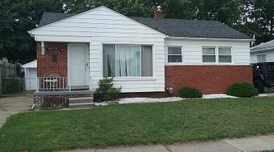Madison Heights Single Family Home For Sale: 28375 Alger Blvd