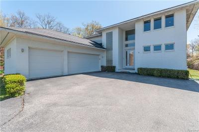 Waterford Single Family Home For Sale: 1219 Forest Bay Dr