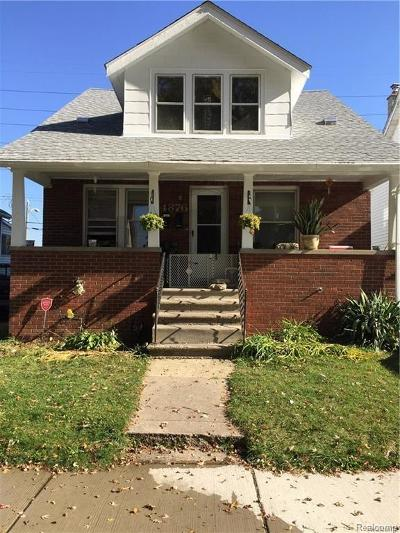 Dearborn Multi Family Home For Sale: 4876 Curtis St