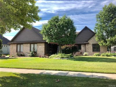 Sterling Heights MI Single Family Home For Sale: $329,900