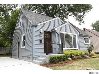 Ferndale Single Family Home For Sale: 344 Adams Crt