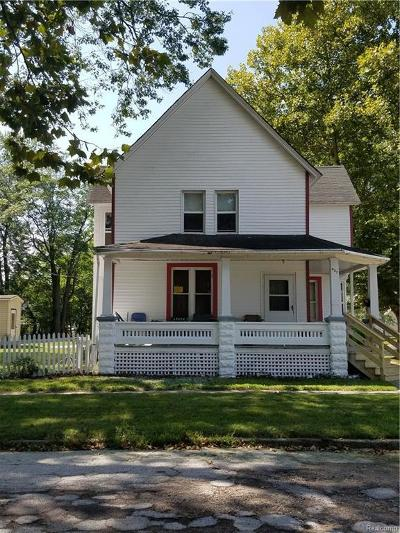 St. Clair Multi Family Home For Sale: 927 Willow