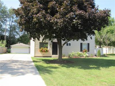 Rochester Hills Single Family Home For Sale: 2700 Culbertson Ave