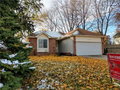 Rochester Hills Single Family Home For Sale: 3096 Emmons Ave
