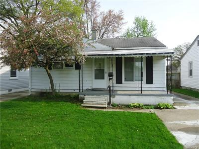 Madison Heights Single Family Home For Sale: 512 E Hudson Ave