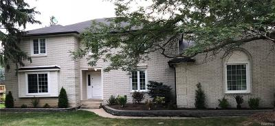 Rochester Hills Single Family Home For Sale: 1824 N Adams Rd