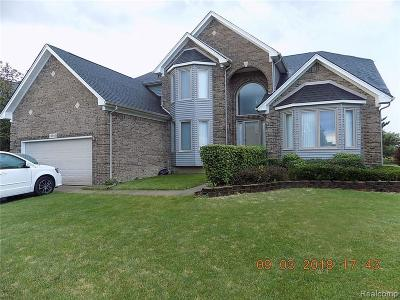 Macomb Twp Single Family Home For Sale: 16938 Country Club