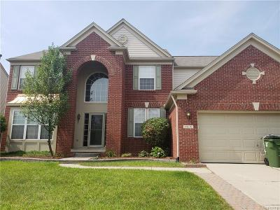 Shelby Twp Single Family Home For Sale: 49691 Columbia Ave