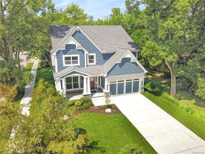 Royal Oak Single Family Home For Sale: 3203 Prairie Ave