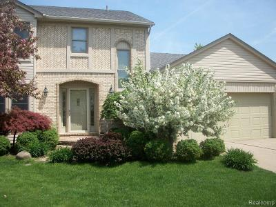 Sterling Heights Single Family Home For Sale: 40320 Langton Dr