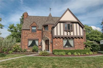 Grosse Pointe Park Single Family Home For Sale: 806 Pemberton Rd