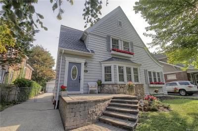 Grosse Pointe Farms Single Family Home Pending: 292 Kerby Rd
