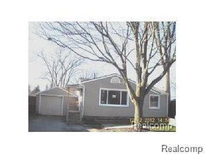 Farmington Hills Single Family Home For Sale: 21411 Collingham Ave