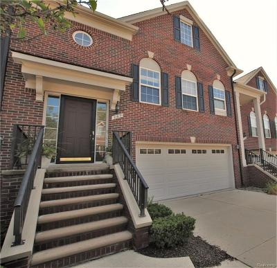 Troy Condo/Townhouse For Sale: 761 Sandalwood Dr