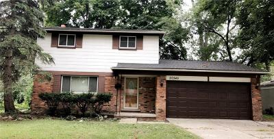 Southfield Single Family Home For Sale: 20345 Winchester St