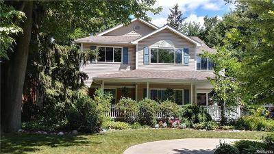 Royal Oak Single Family Home For Sale: 830 Mount Vernon Blvd